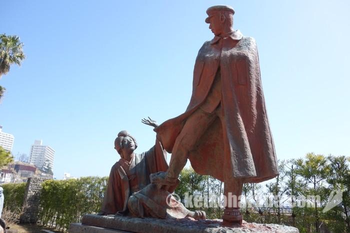 熱海 貫一・お宮の像