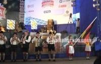 ペルーでプロスト!ドイツのビール祭り「オクトーバーフェスト」開催!
