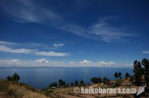 ティティカカ湖のタキーレ島