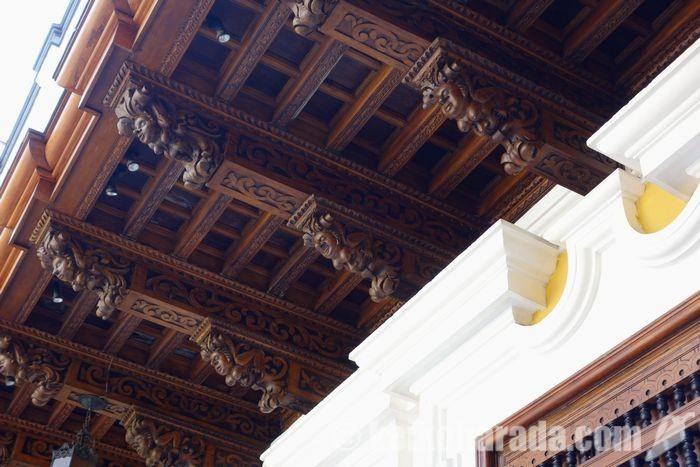 トーレ・タグレ宮殿