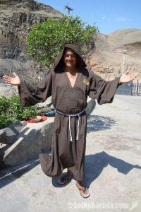 飛び込みの修道士さん