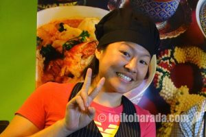 海を越えた本格タイ料理 – Chanidapa Wongboonsi