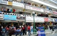 ガマラ繊維問屋街