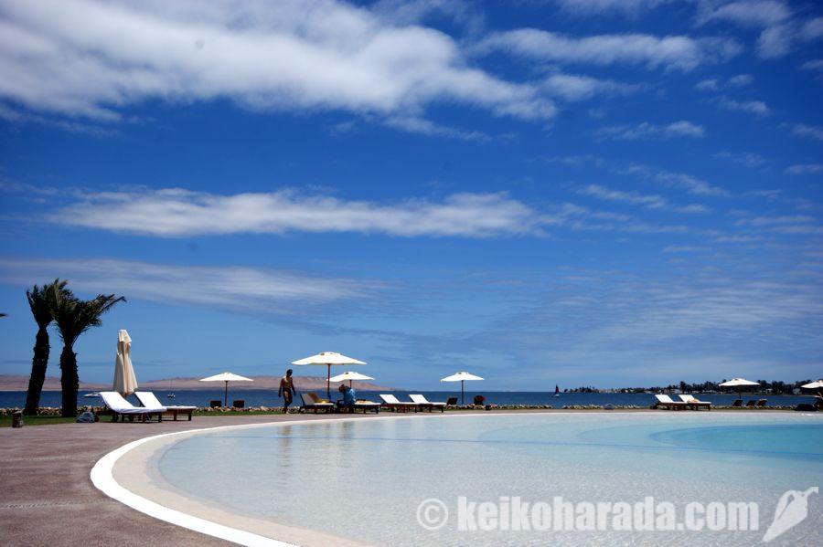 パラカスのビーチリゾート