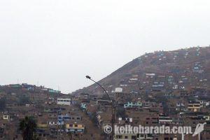 ペルーの貧困層人口37万人増加