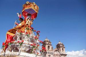 ペルーの無形文化遺産 クスコのコルプス・クリスティ