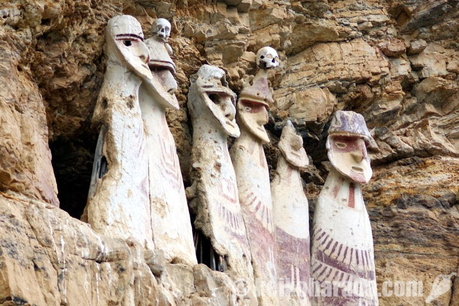 カラヒアの石棺