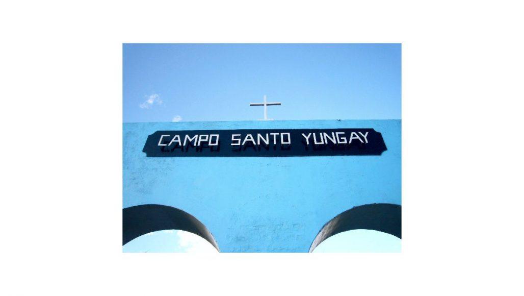 Campo Santo Yungai - Entrada