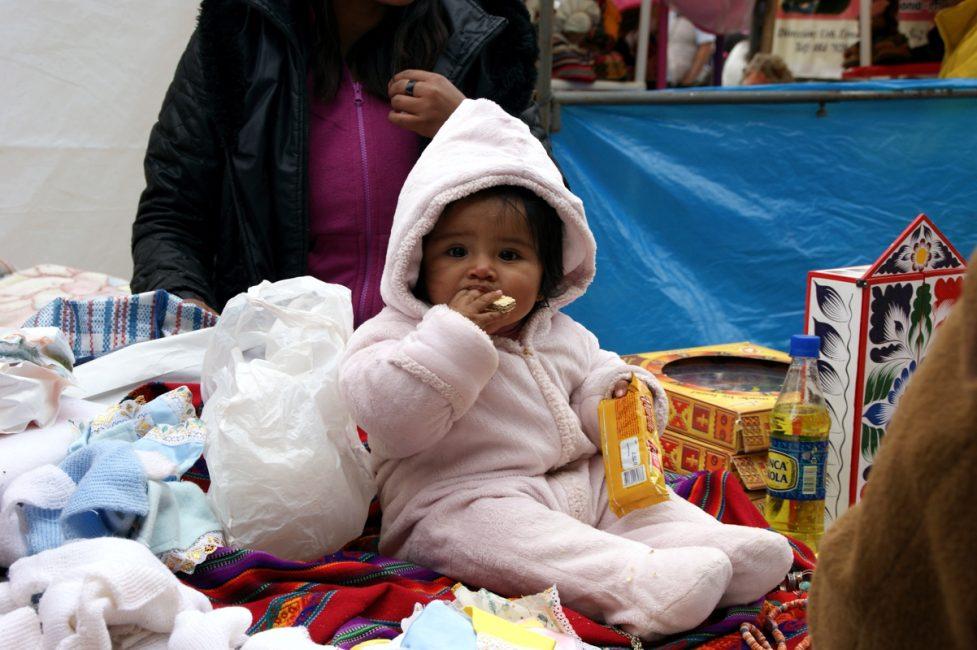 Una bebé en Santuranticuy