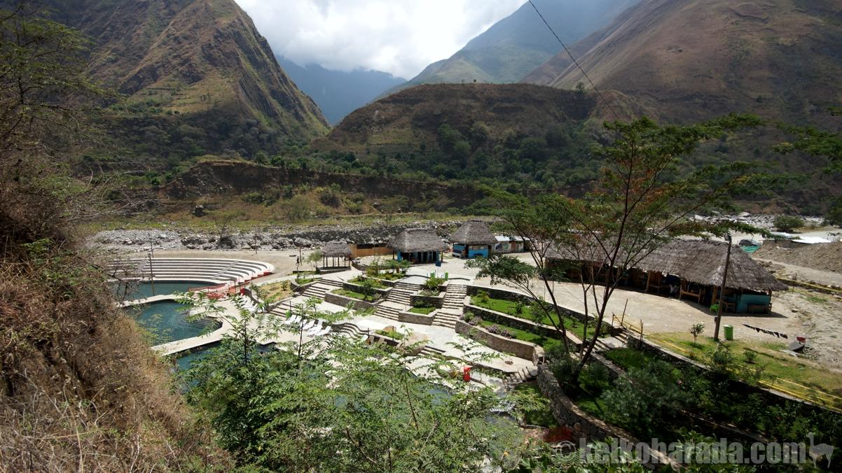 サンタ・テレサ村のコカルマヨ温泉