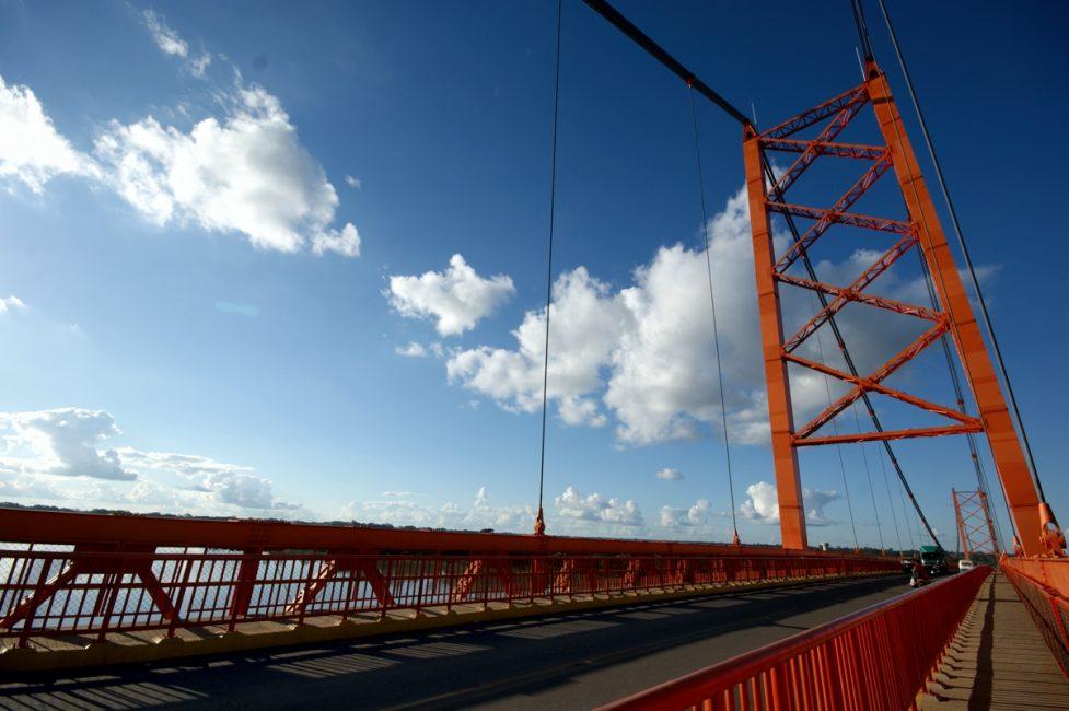 Puente Billinghurst de Puerto Maldonado